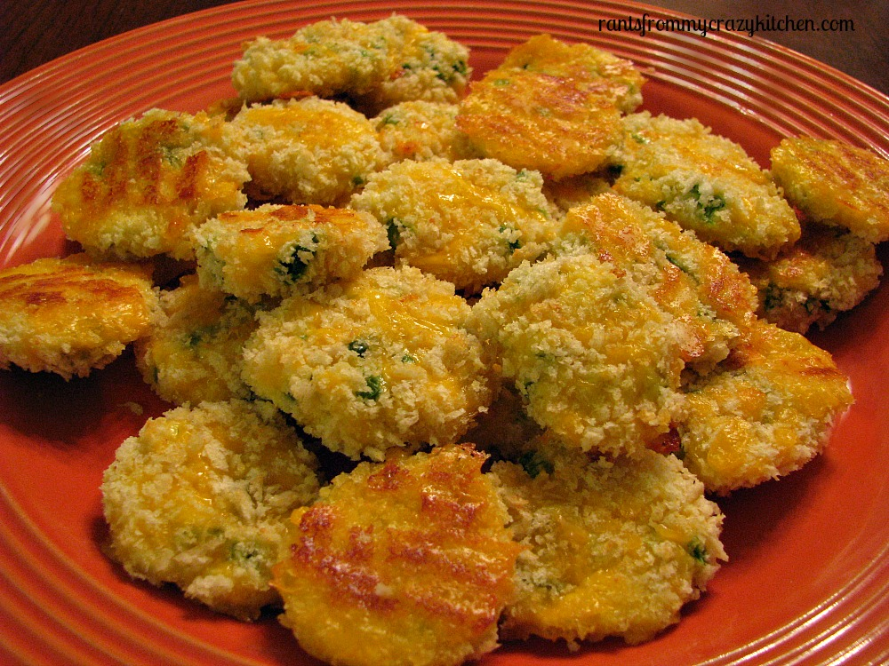 Cheedar Cheese Jalapeno Bites - Delicious and simple, these little puffy bites pack all of the punch of a stuffed jalapeno w/ none of the mess. Cheddar Cheese Jalapeno Bites - Quick, easy and fun to eat.