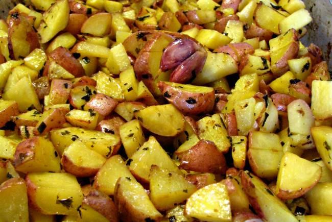 Roasted-Lemon-Herb-Potatoes
