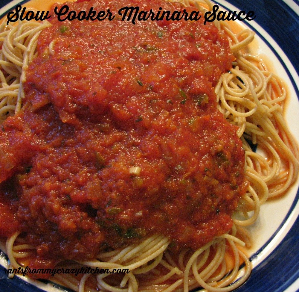 Slow-Cooker-Marinara-Sauce-with-Spaghetti