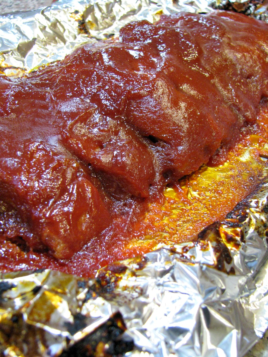 barbecue country style ribs with a homemade sweet and spicy barbecue ...