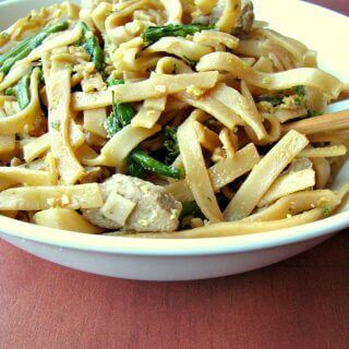Pad See Ew (Soy Sauce Stir-Fried Noodles)
