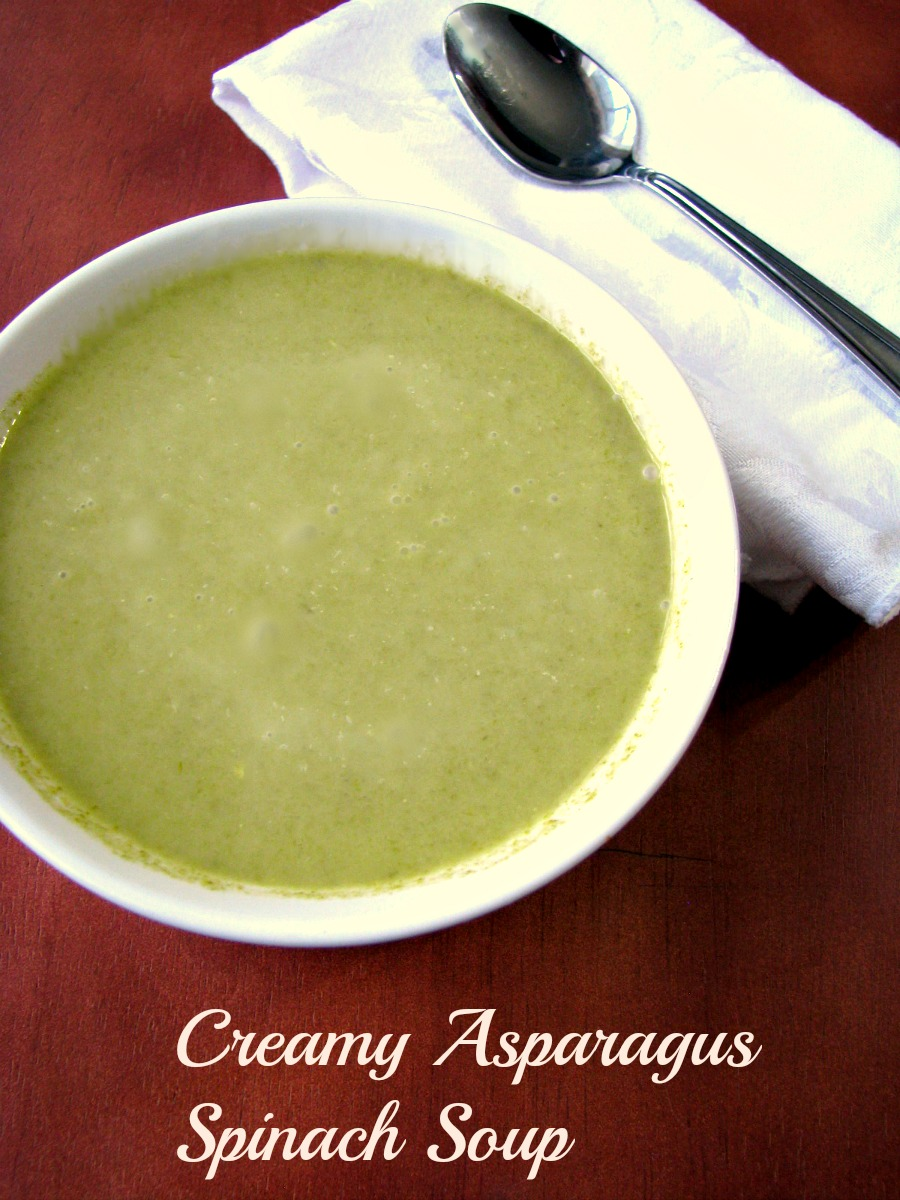 Spring vegetable Creamy Asparagus Spinach Soup makes a perfect first course for Easter brunch, or a perfect light dinner.