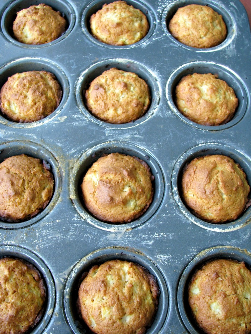 Cinnamon Sugar Apple Muffins #BrunchWeek - Rants From My Crazy Kitchen