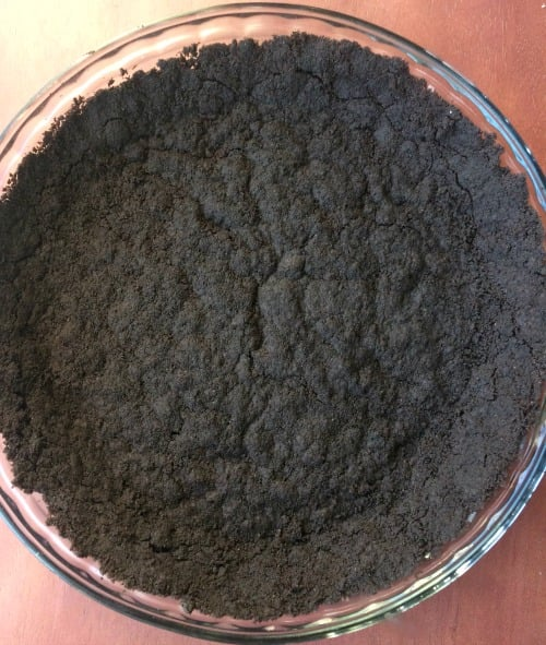 Photo of unbaked Oreo cookie crust